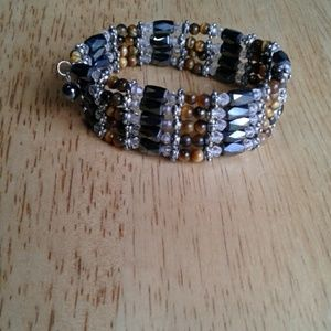 Jewelry - Magnetic wrap
